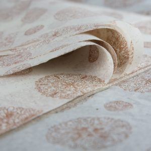 feuille-papier-de-soie-imprime-gemstones-medallions-01