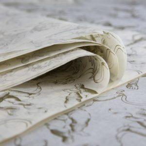 feuille-papier-de-soie-imprime-precious-metal-gold-cherubs-01